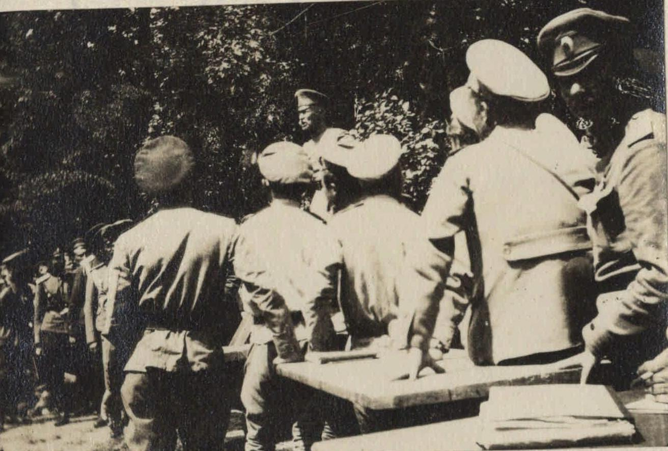 1917. На митингах Брусилова (на фронте) (2)