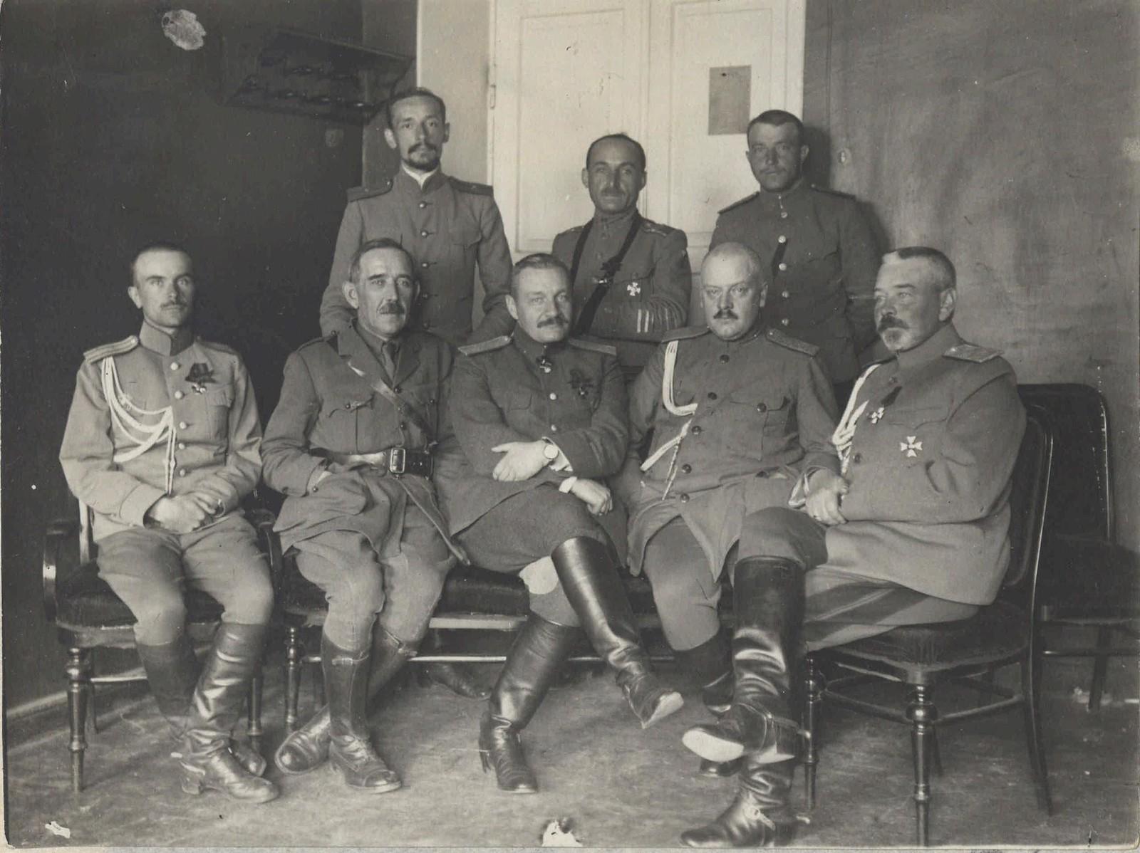 1917. Быховское пленение генералов. Заключенные (2)