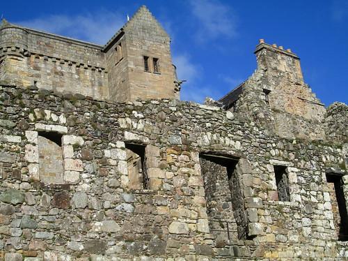 Castle Campbell, Dollar