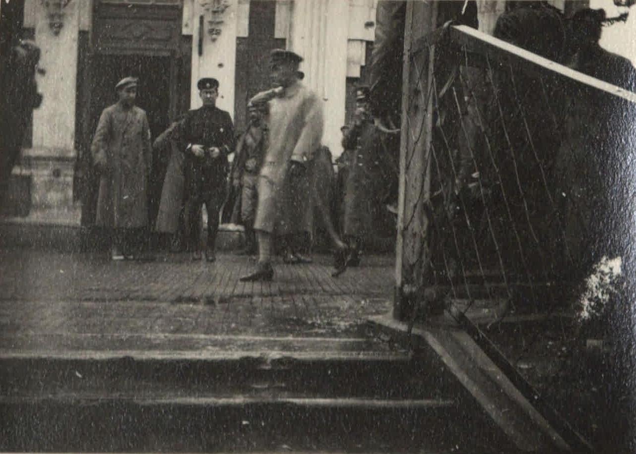 1917. Митинг Керенского на фронте (4)
