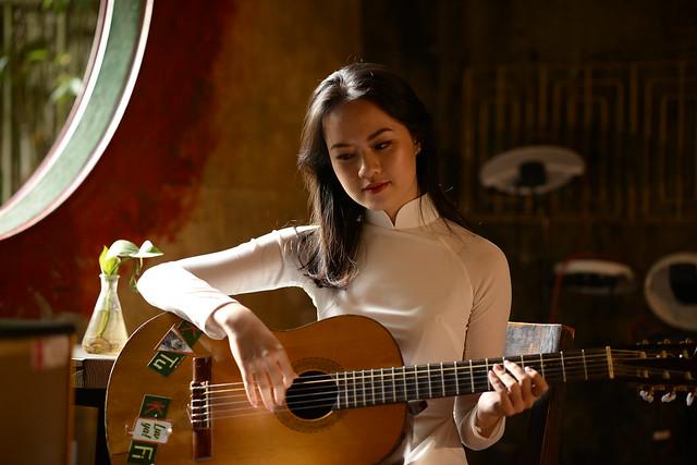 guitar girl is fantasy