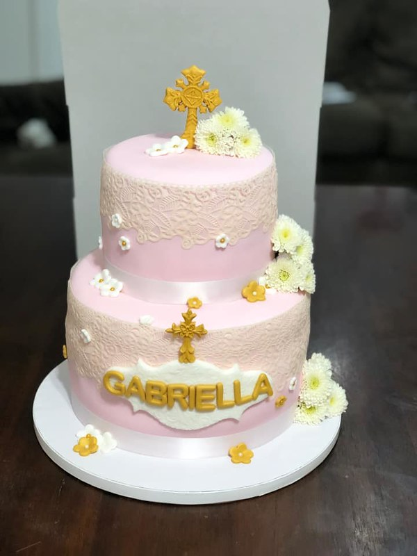 Cake by Mira Abdelsaid
