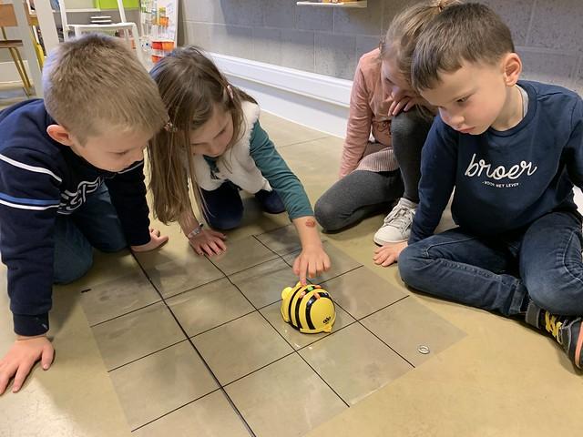 3kk Spelen met de Bee-bot!