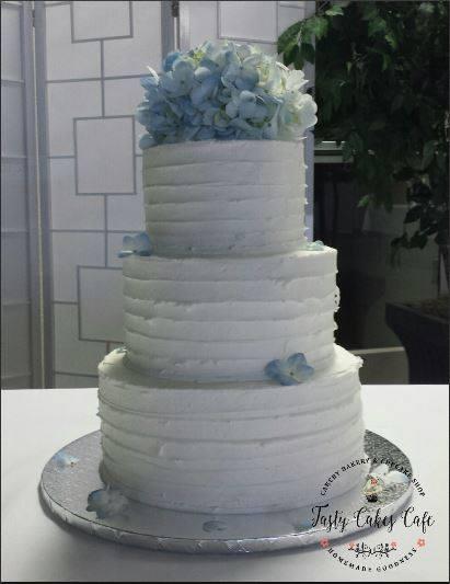 Cake by Tasty Cakes Cafe