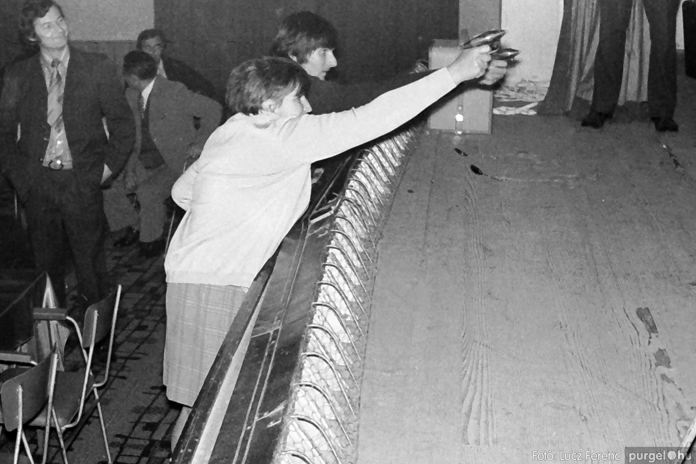 004A 1970-es évek - Kendergyári dolgozók vetélkedője 024 - Fotó: Lucz Ferenc IMG00104q.jpg
