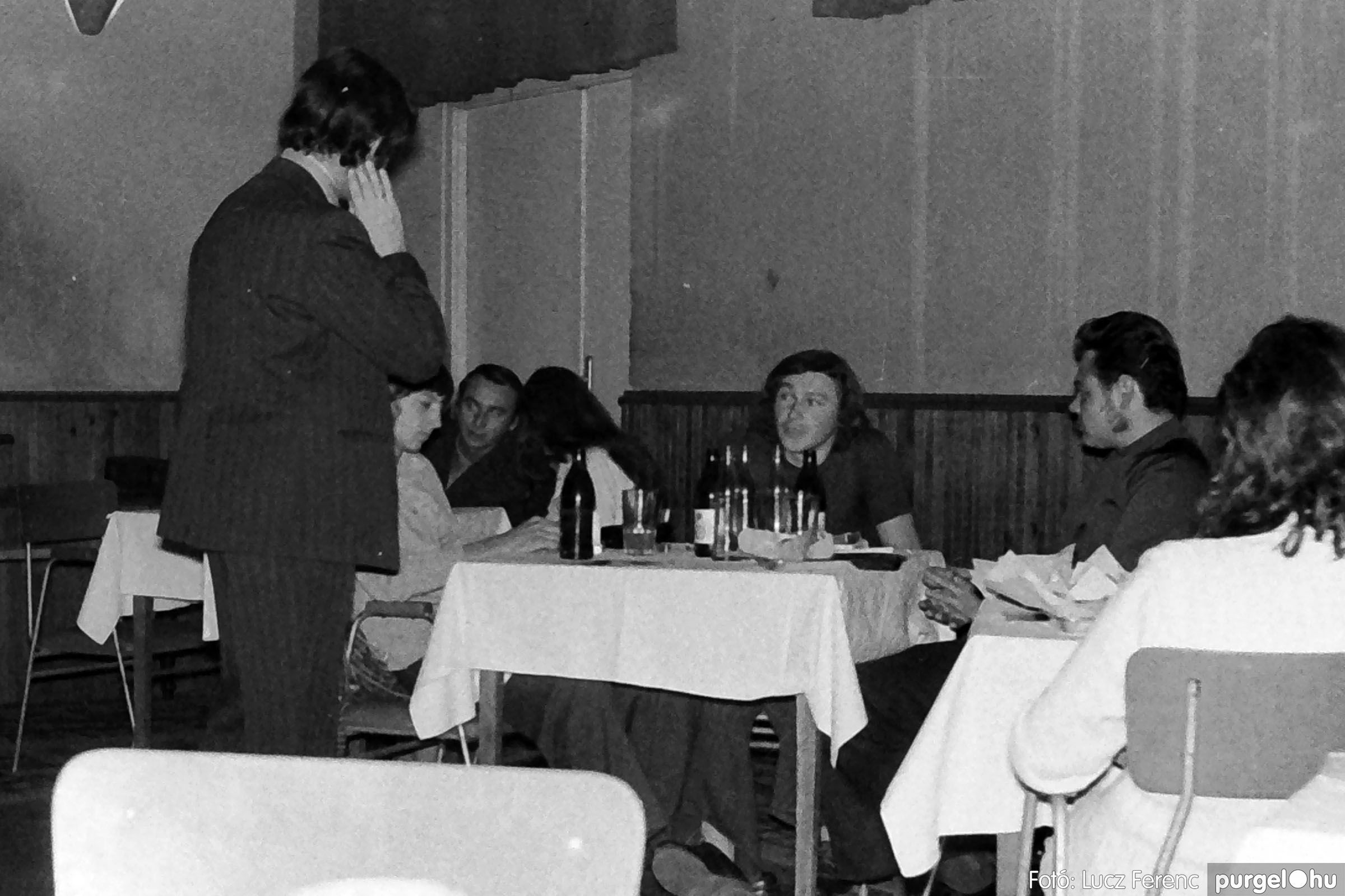 004A 1970-es évek - Kendergyári dolgozók vetélkedője 016 - Fotó: Lucz Ferenc IMG00096q.jpg
