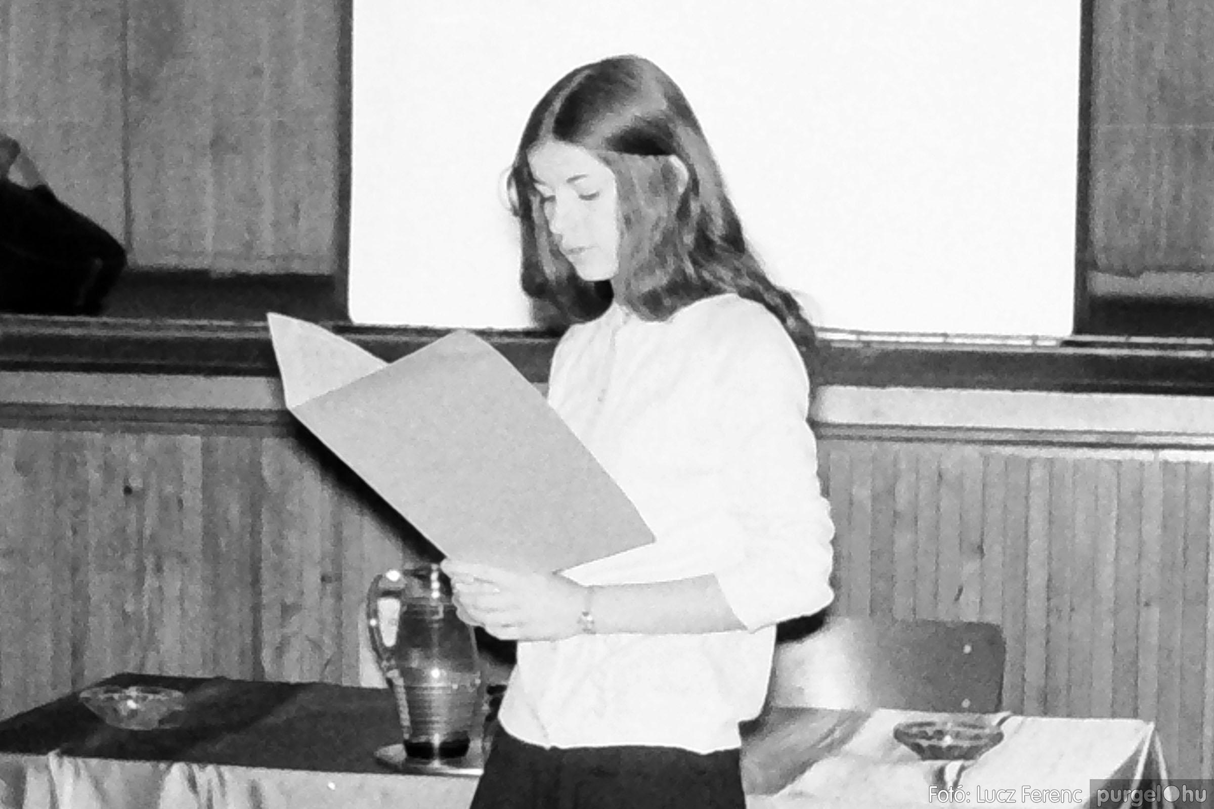 004A 1970-es évek - Kendergyári dolgozók vetélkedője 002 - Fotó: Lucz Ferenc IMG00082q.jpg