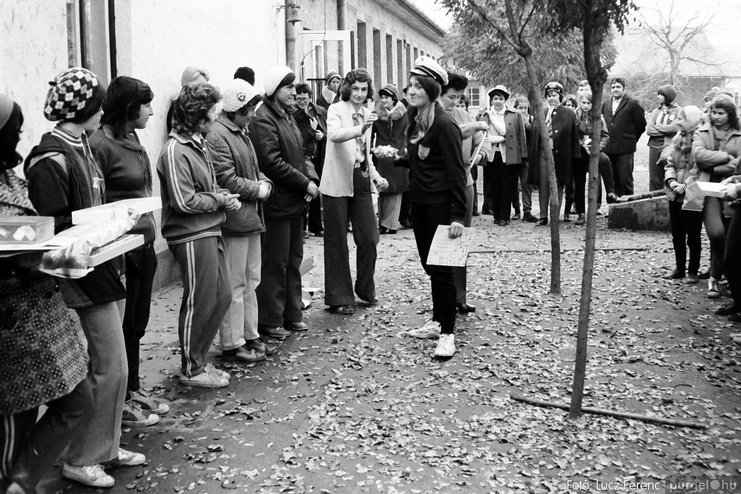 004A 1970-es évek - Úttörő rendezvény 022 - Fotó: Lucz Ferenc IMG00033q.jpg