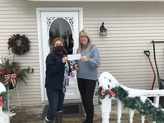 Debbie Doyle wins $1,000 on New Year's Day