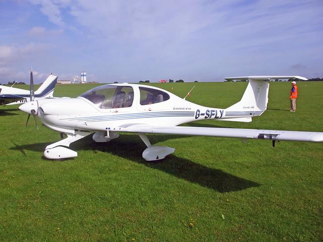 G-SFLY  -  Diamond Aircraft DA40-180 Diamond Star  -  EGBK 4/9/10