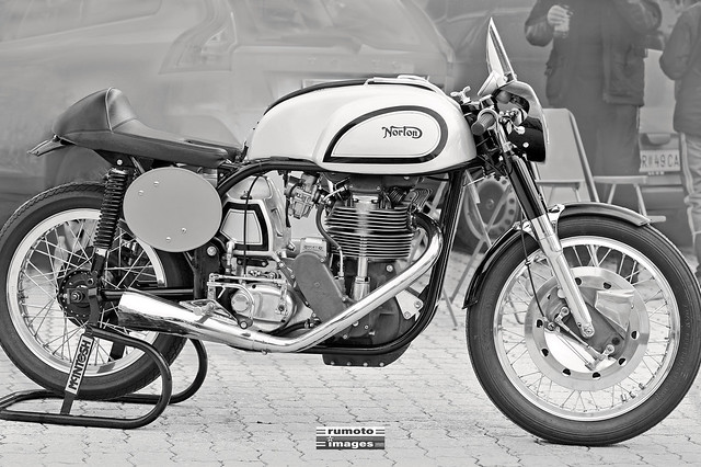 Norton Manx • This work is a copyrighted protected image © Bernard Egger :: rumoto images | All Rights Reserved # 1566 bw