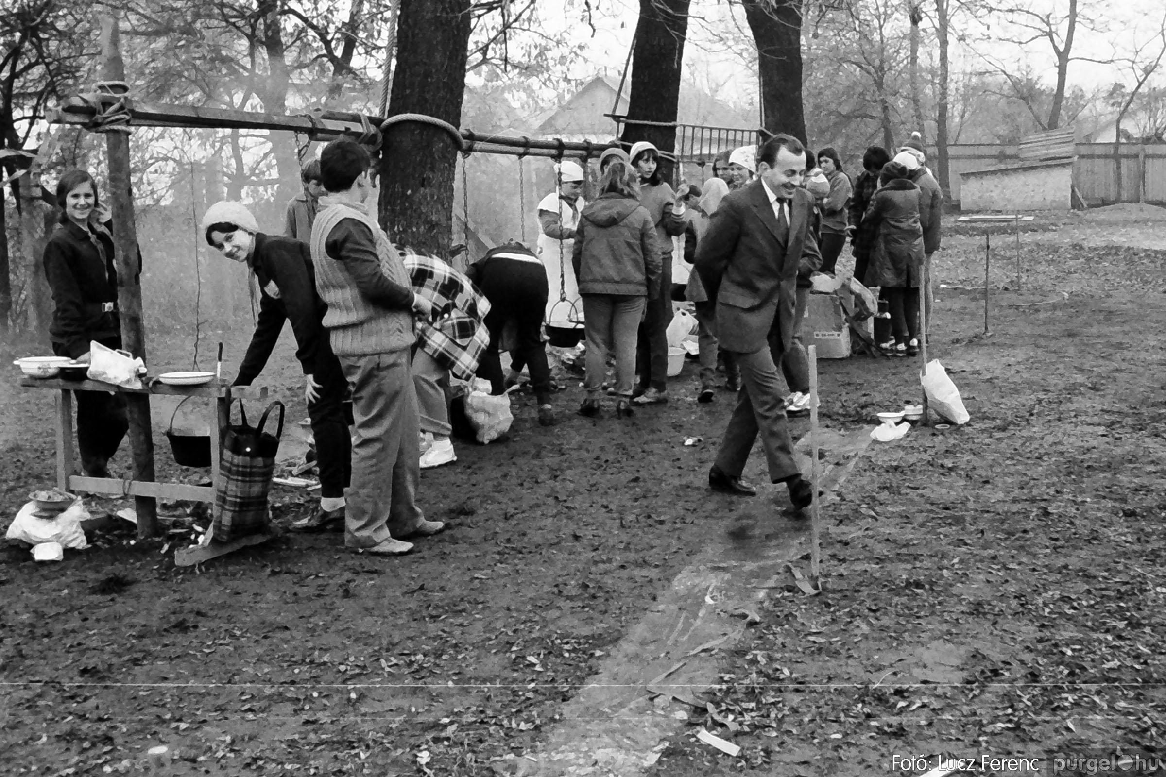004A 1970-es évek - Úttörő rendezvény 008 - Fotó: Lucz Ferenc IMG00019q.jpg