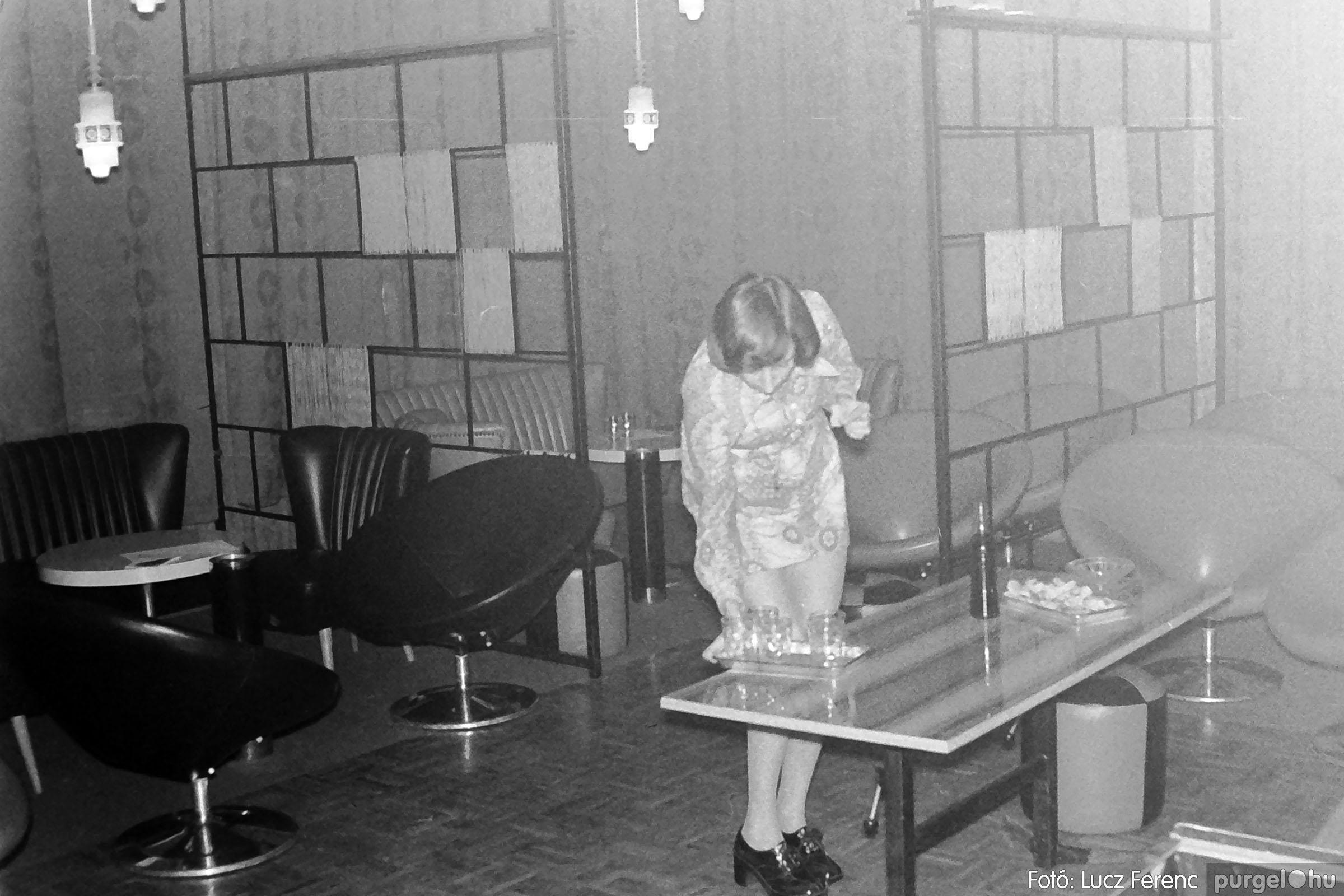 004A 1970-es évek - Ifjúsági klub 008 - Fotó: Lucz Ferenc IMG01169q.jpg