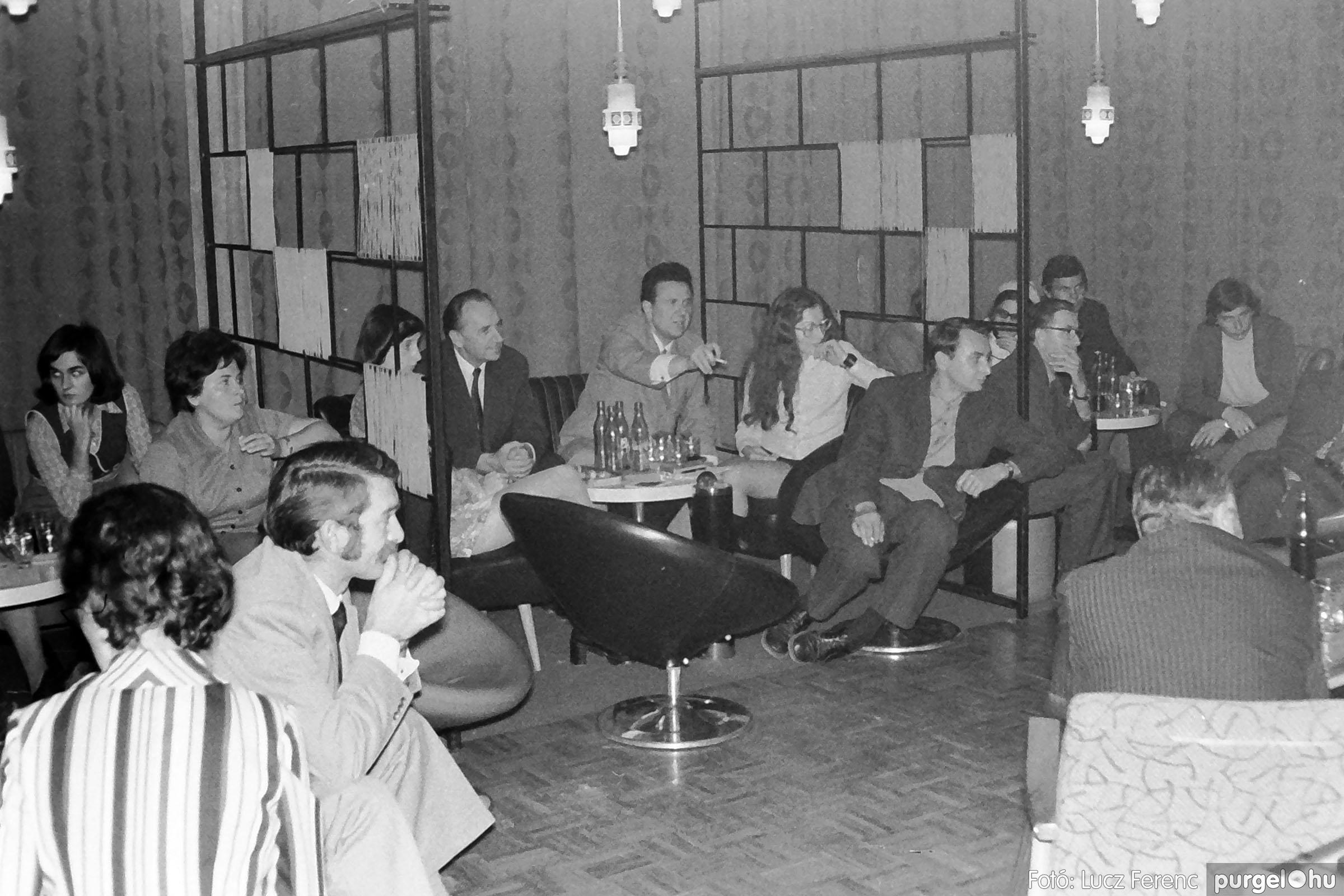 004A 1970-es évek - Ifjúsági klub 004 - Fotó: Lucz Ferenc IMG01165q.jpg