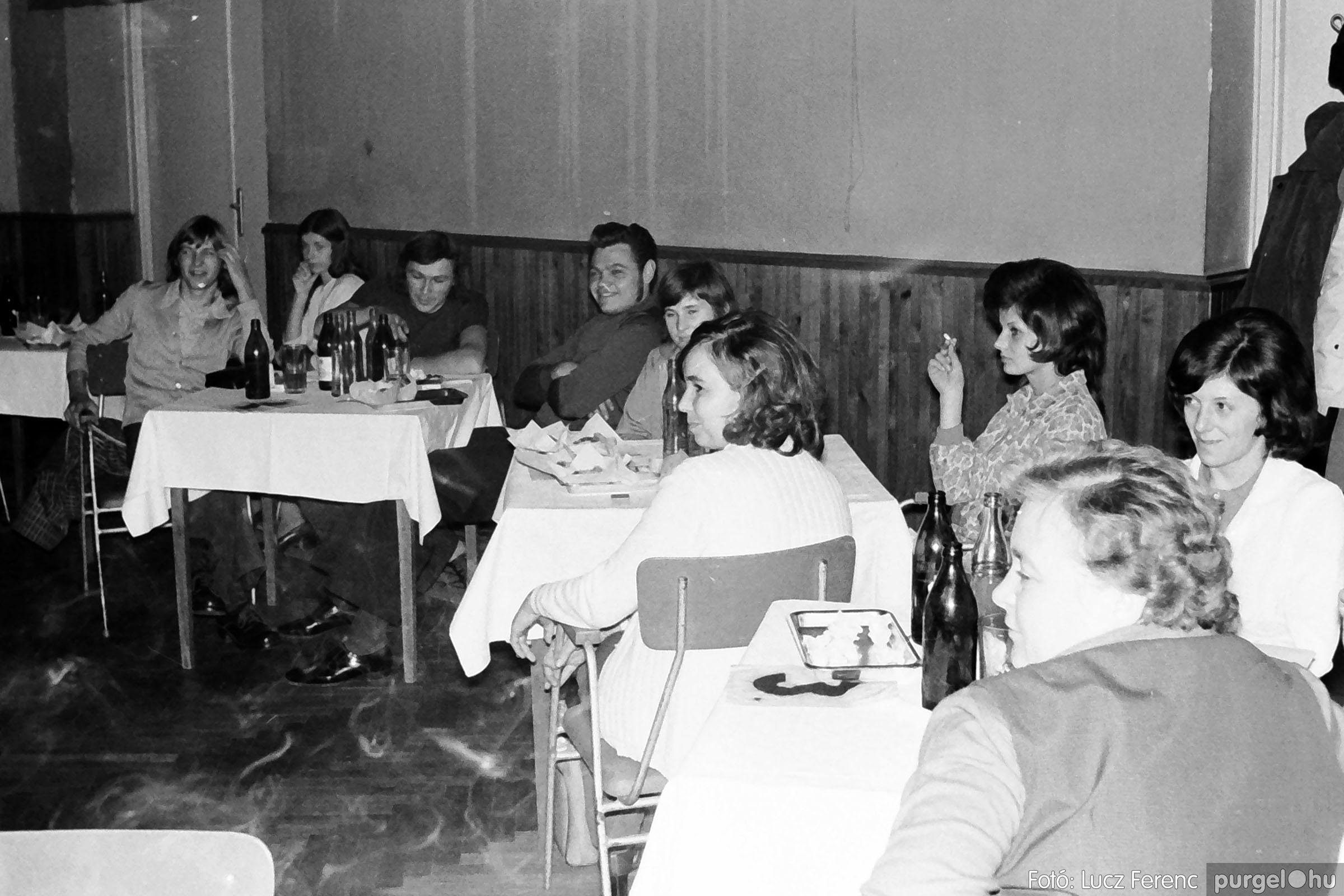 004A 1970-es évek - Kendergyári dolgozók vetélkedője 018 - Fotó: Lucz Ferenc IMG00098q.jpg