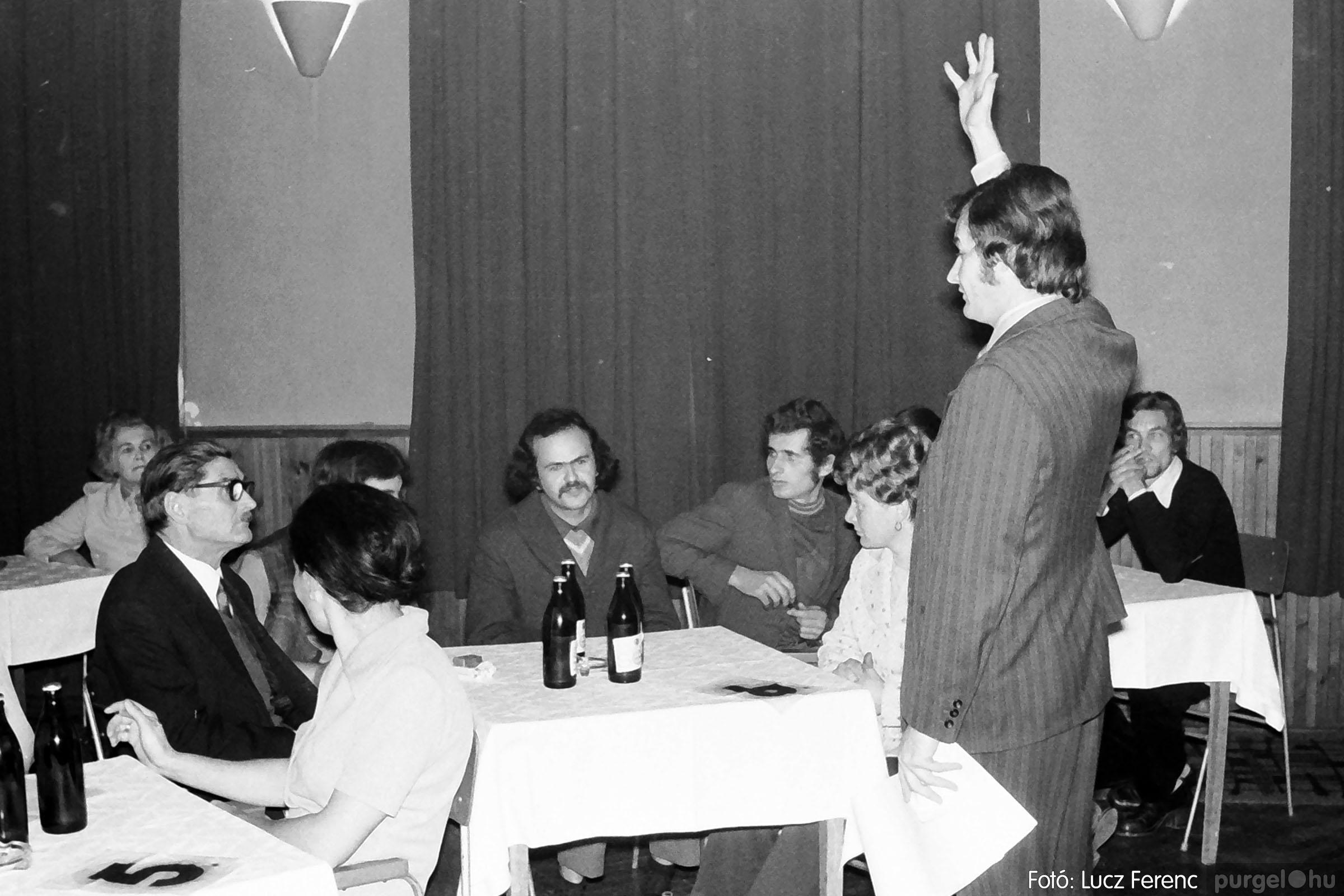004A 1970-es évek - Kendergyári dolgozók vetélkedője 006 - Fotó: Lucz Ferenc IMG00086q.jpg