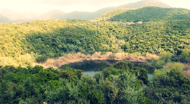 Η φυσική λίμνη στο Μαραντοχώρι Λευκάδας…