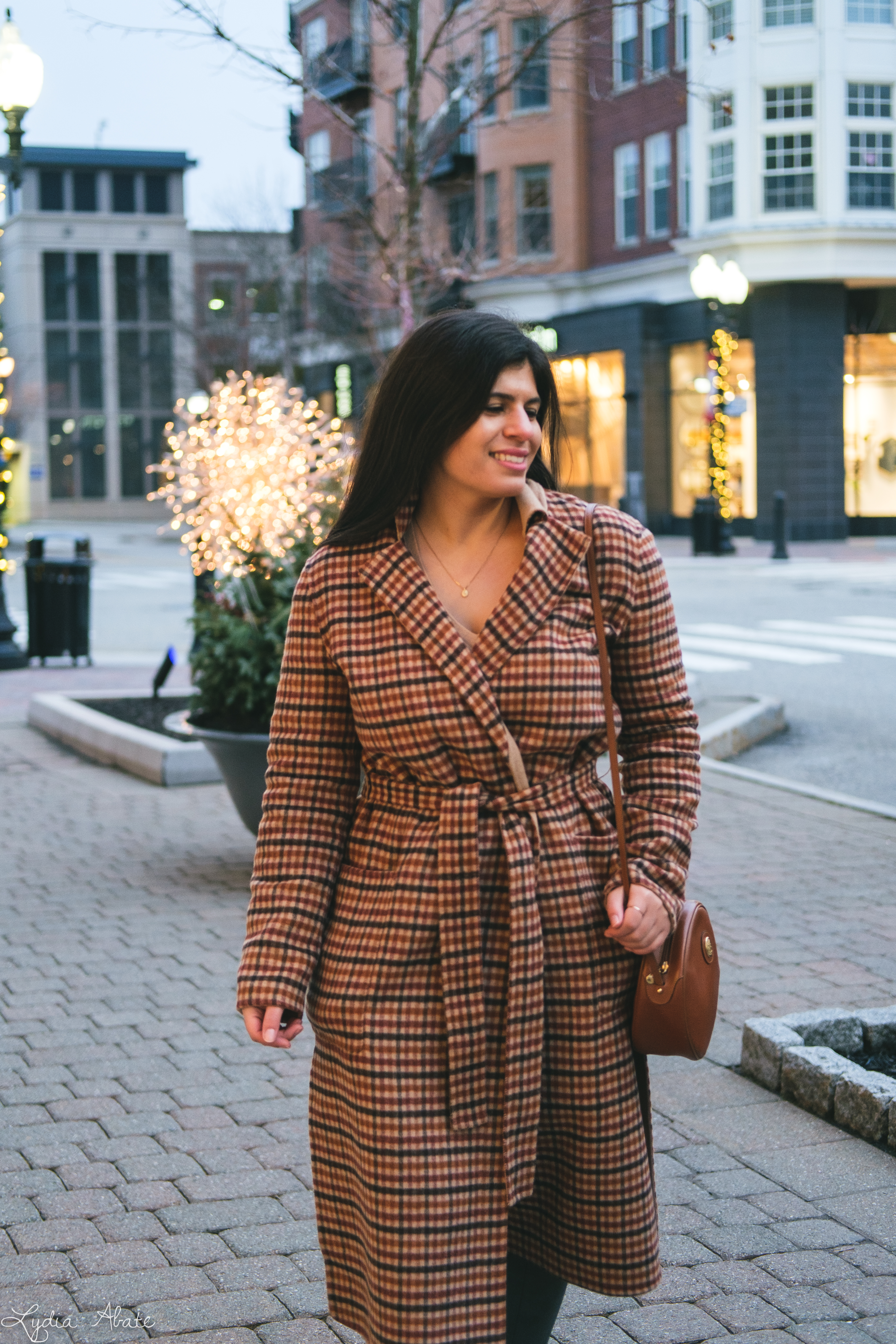 plaid reversable coat, suede leggings, round bag, camel sweater-14.jpg