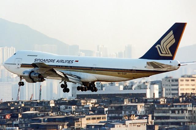Singapore Airlines Boeing 747-212B 9V-SQP