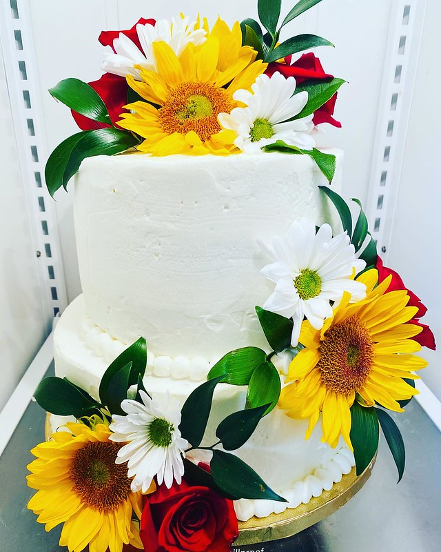 Cake by LuluBee Bakery