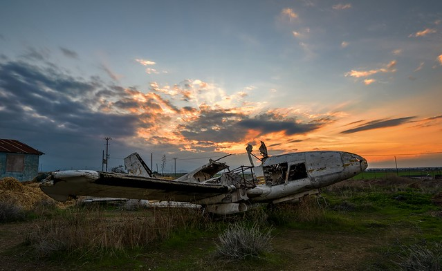 Abandoned airplane (5B CGC)