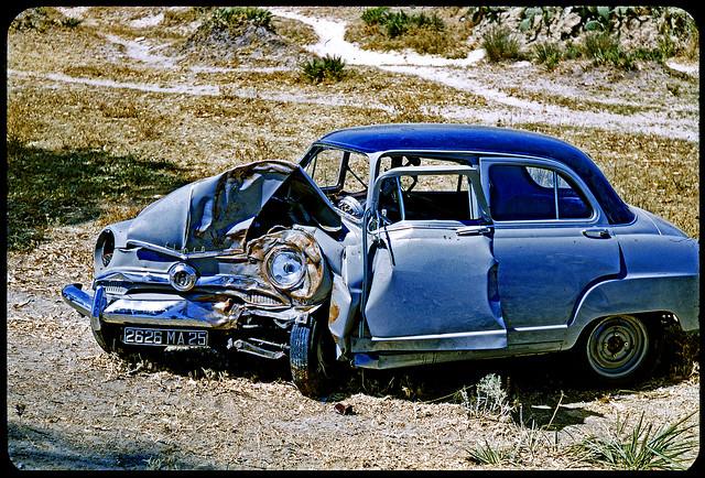 Vintage Kodachrome. July 1955. Andalusia (Spain). Car Crash. L'Aronde accidentée.