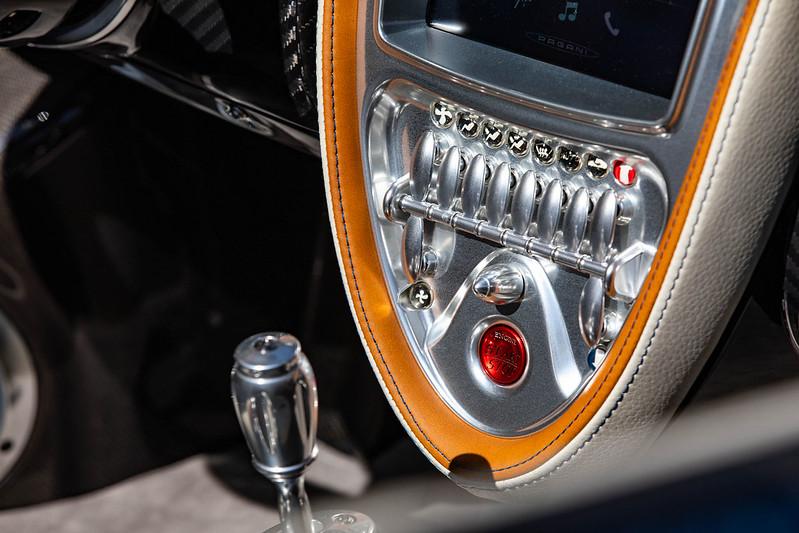 Pagani-Huayra-Roadster-34