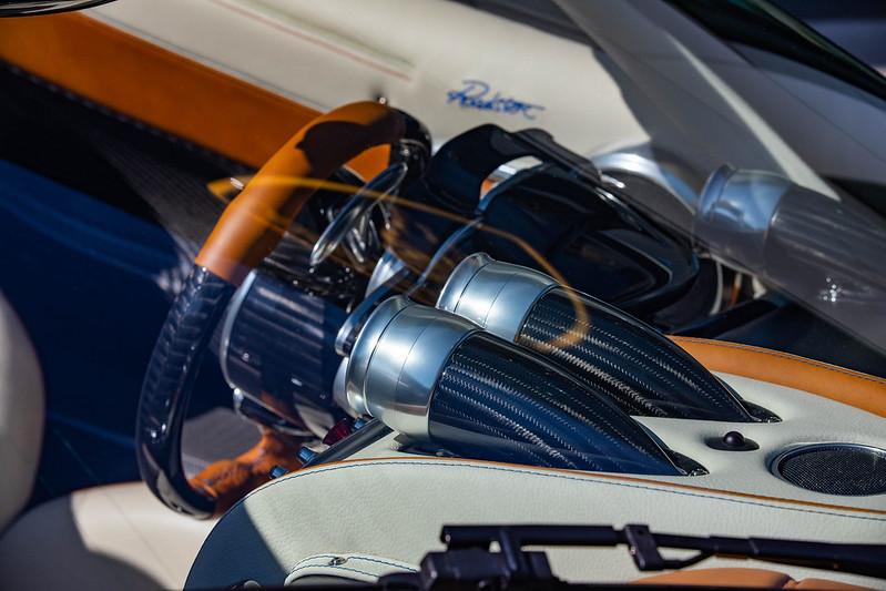 Pagani-Huayra-Roadster-33