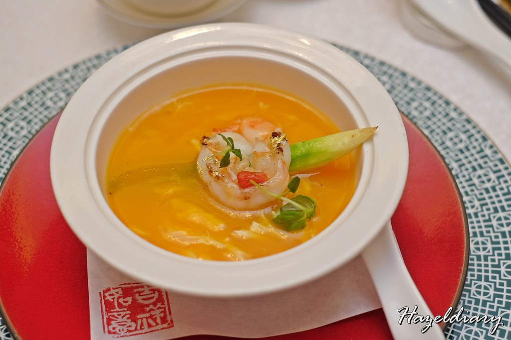 Crystal Jade Restaurants-Braised Pumpkin Thick Soup with Steamed Egg White, Prawn and Crab Meat