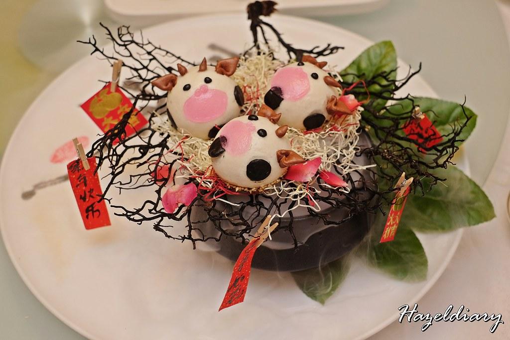 Crystal Jade Restaurants-Molten Taro Moo-moo Bun