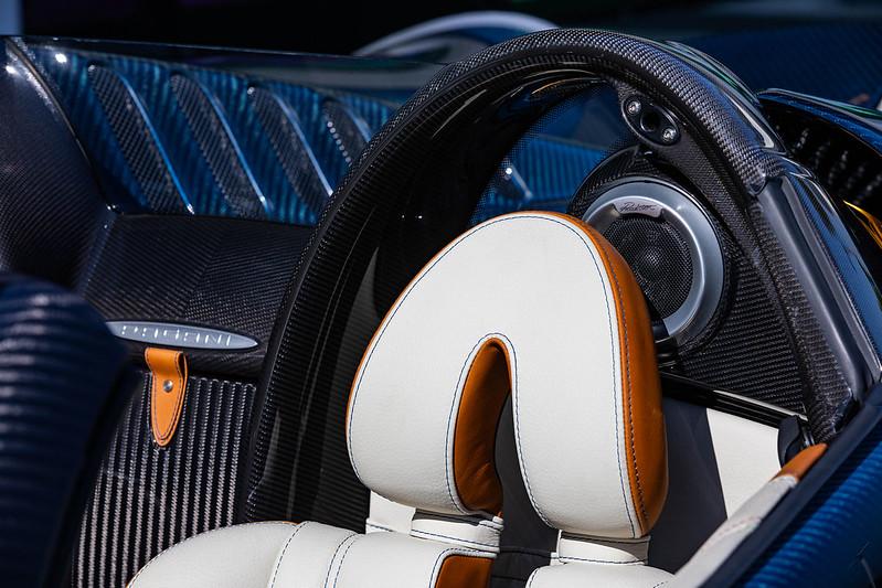 Pagani-Huayra-Roadster-41
