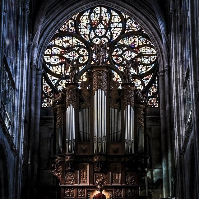 L'organiste - Collégiale Notre-Dame de Vernon (27)