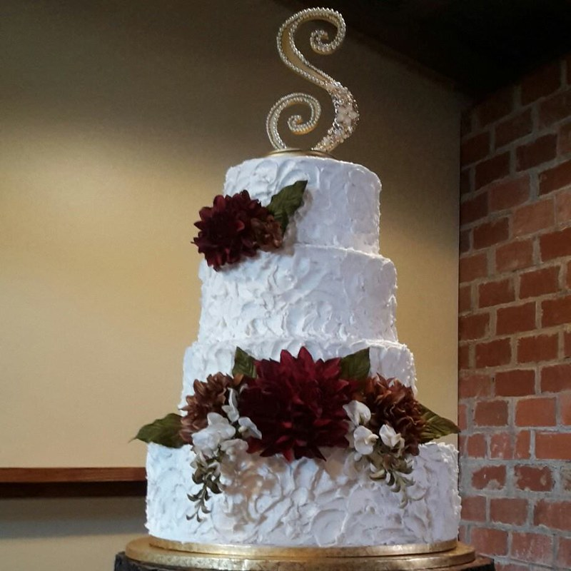 Cake by Laney 's Custom Confections