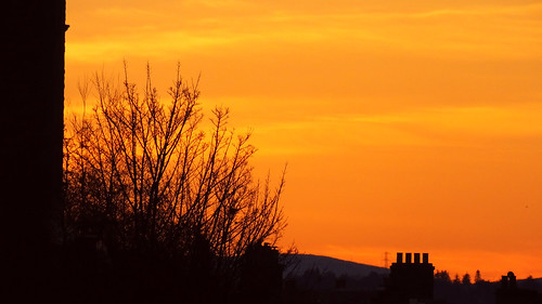 edinburgh edimbourg scotland fountainbridge unioncanal silhouette sunset tenement architecture building dusk twilight clouds