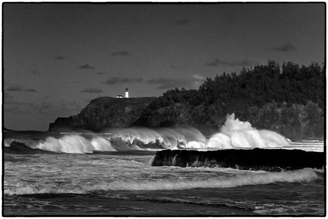 Surf's up ! Kilauea Lighthouse. Kauaupea Beach, Kauai.