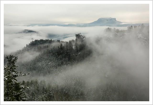 Der Mönch im Winternebel