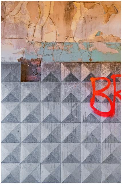Tiles, Dumbarton