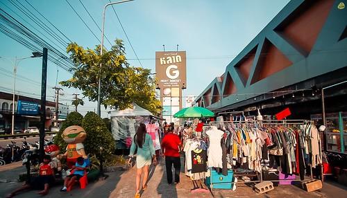 ตลาดจี ไนท์มาร์กเก็ต เมืองภูเก็ต