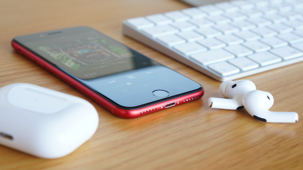 新型iPhone SE3/AirPods Pro2、発売日は4月?