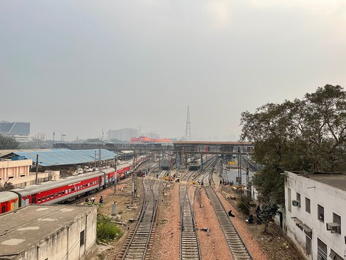 City Hangout - Train Spotting, The Bridge Upon the New Delhi Railway Station | by Mayank Austen Soofi