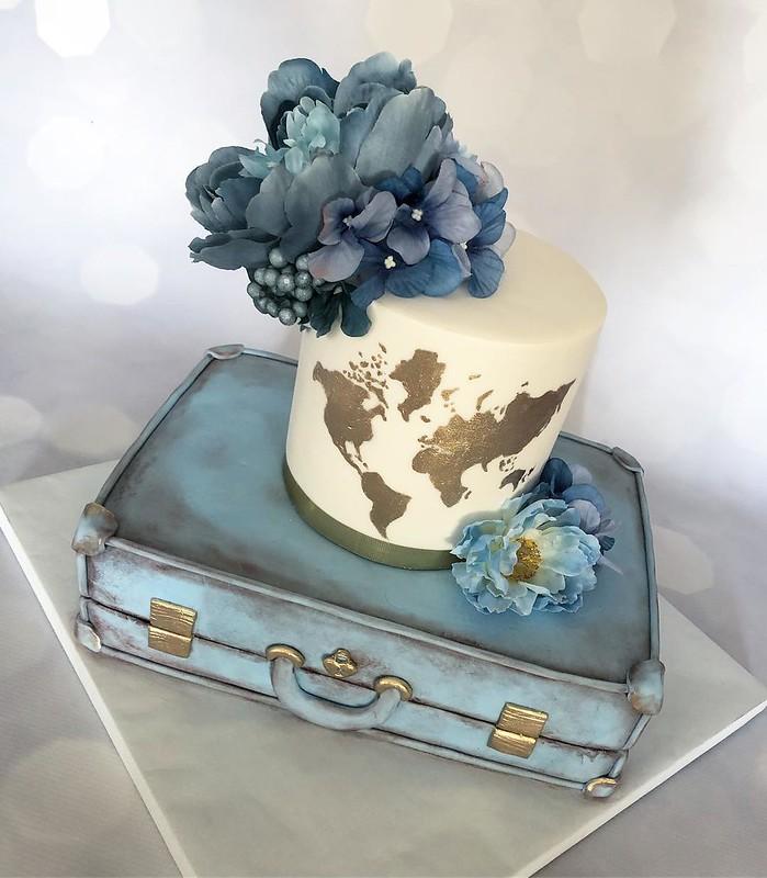 Travel Bag Cake by Sammie Bakes