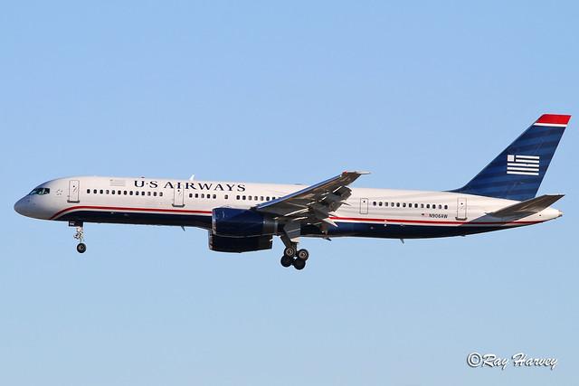 N906AW landing San Diego