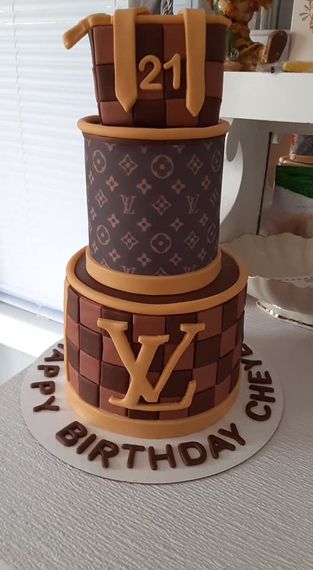 Cake by The Chocolate Suite