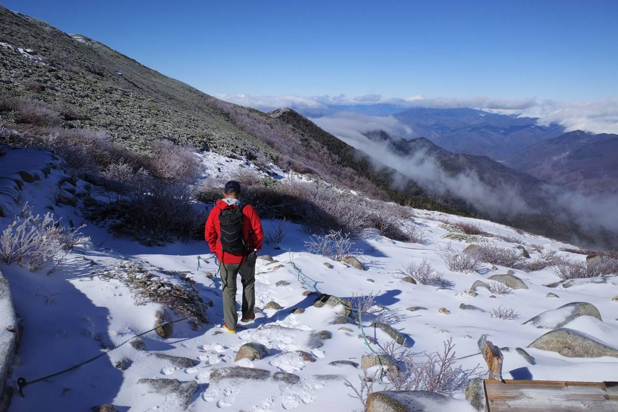 将棊頭山から下山