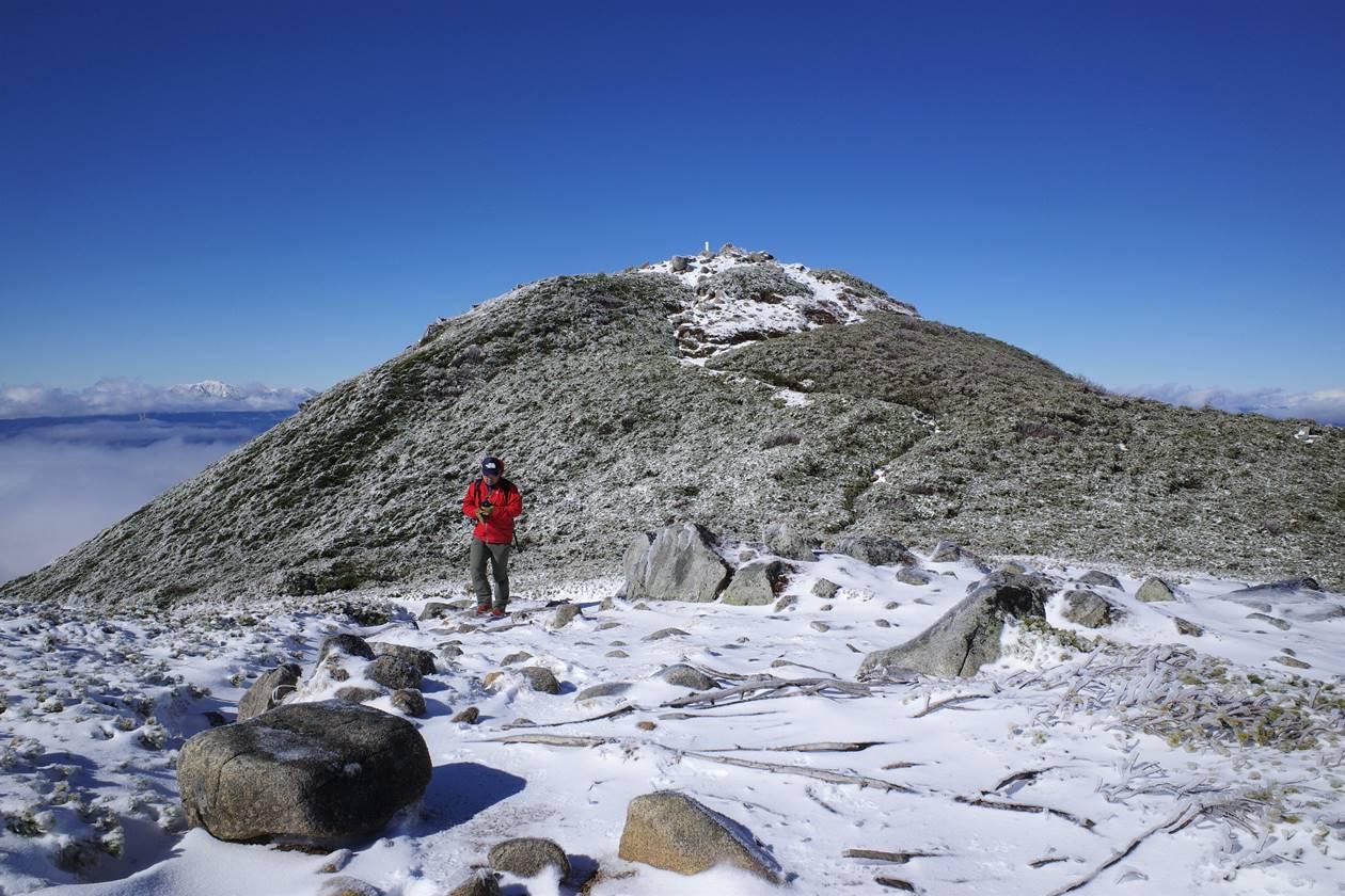 雪景色の将棊頭山