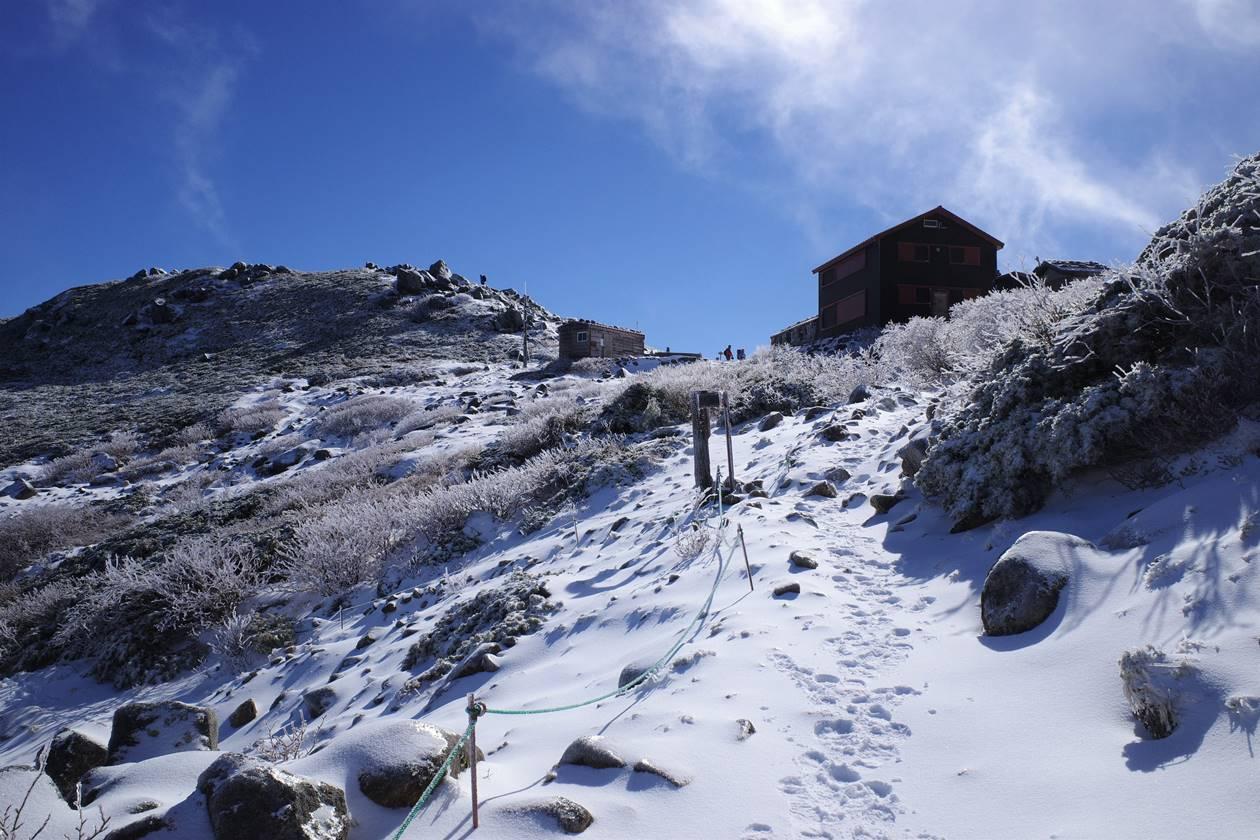 初冬の中央アルプス・将棊頭山 雪山登山