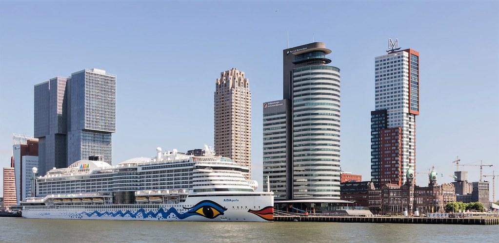 Rotterdam, De Kop van Zuid.