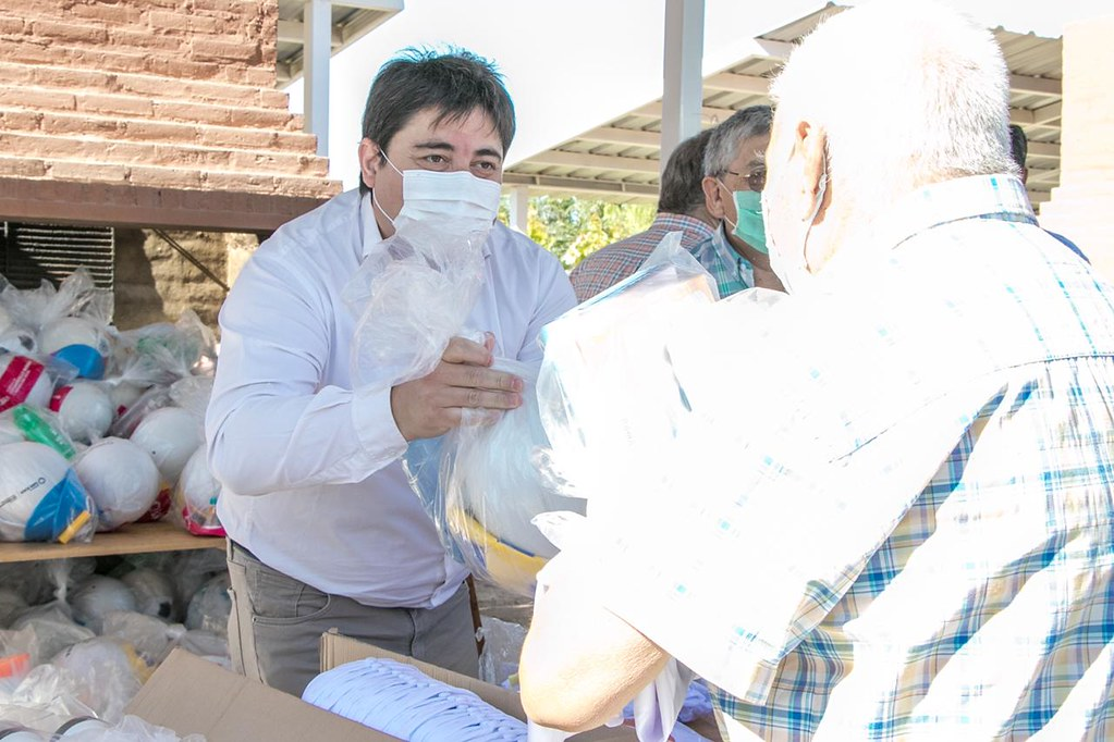 2021-01-07: DESARROLLO HUMANO: VERANO EN CASA ENTREGA DE KITS 25 DE MAYO