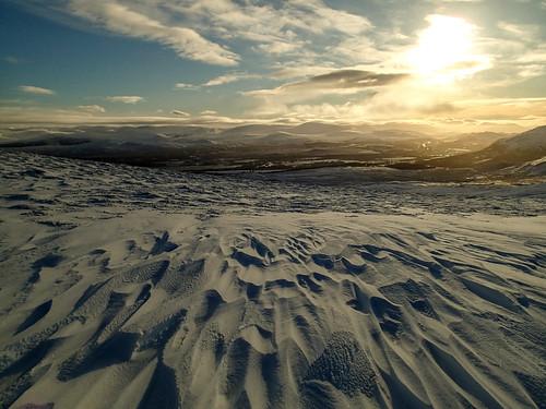 Thu, 2021-01-07 13:28 - Somewhere close to Càrn Coire na h-Inghinn summit (749m)