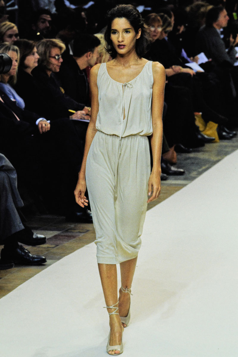 20-cerruti-spring-1997-ready-to-wear-astrid-munoz
